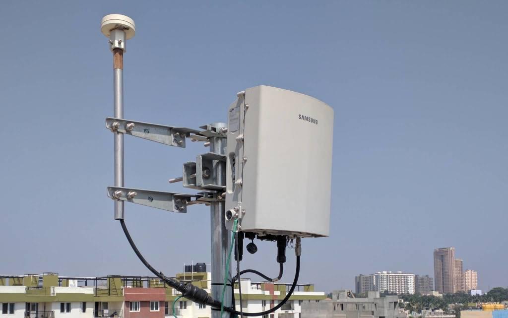 """Riceviamo e pubblichiamo: """"un'antenna 5G alta 32 metri a Città Giardino e nessuno sa niente""""."""